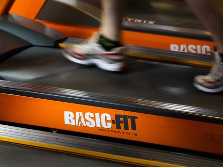 Basic-Fit neemt Fitland over