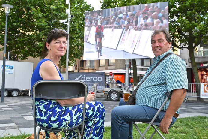 Ann Devolder en Johan Desnoeck genoten coronaveilig van de wedstrijd en zijn vol lof over de organisatie.