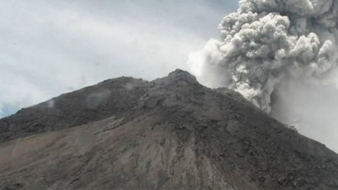Indonesische vulkaan barst uit: as tot 5 kilometer hoog lucht in gespuwd