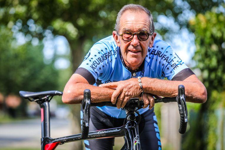 Koksijde Jean Pierre Dolfen doet mee aan fietstocht front WO 1