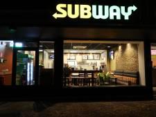 Subway in Eindhoven overvallen door twee mannen met een mes