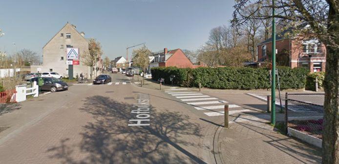 Het ongeval vond plaats nabij de Aldi in Evergem.