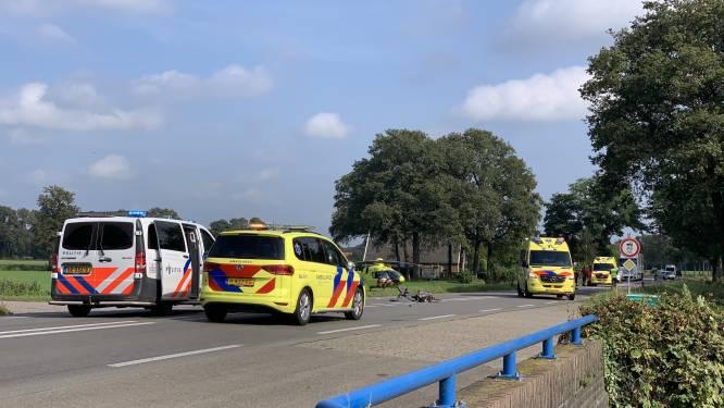 Fietser raakt ernstig gewond bij botsing met auto bij Winterswijk