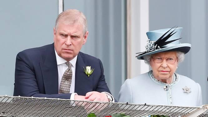 """Prins Andrew officieel gedagvaard in misbruikzaak: """"Hij zet alles op alles om deze zaak te laten verdwijnen"""""""