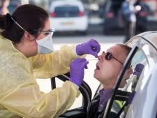 Zorgpersoneel amper getest op corona: 'Verpleegkundigen werken weer met verschijnselen'