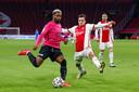 Gyrano Kerk van FC Utrecht en Nico Tagliafico van Ajax.