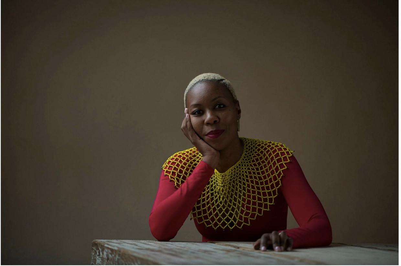 Sisonke Msimang: 'Hadden we het in Zuid-Afrika, behalve over vergiffenis, ook over herstelbetalingen gehad, dan zag ons land er nu heel anders uit.' Beeld LR