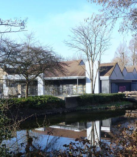 Op deze plek in de Hoeksche Waard komen tientallen appartementen, óók voor starters en alleenstaanden