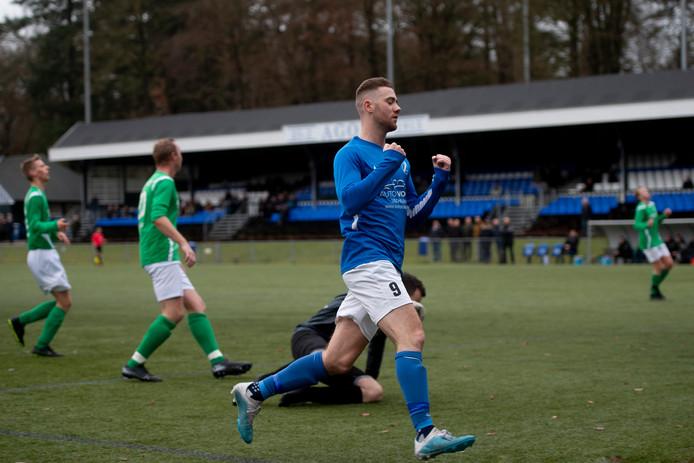 Maikel van der Wijk had het op zijn heupen. Het scoorde er vijf voor AGOVV zaterdagmiddag.