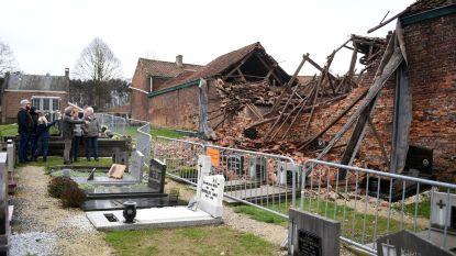 Stal stort in: graven bedolven onder puin