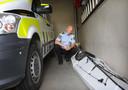 De kajak van Arjen Kamphuis in de garage van het politiebureau in Fauske