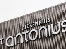 Utrechtse cabaretier haalt duizend euro op voor St. Antonius Ziekenhuis