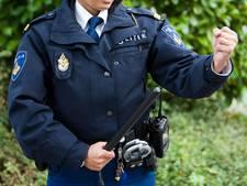Veenendaler overweegt aanklacht tegen politie na klappen met wapenstok