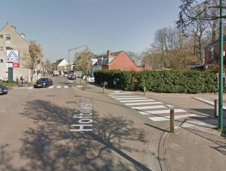 Fietser (13) lichtgewond na botsing met auto in Evergem, fietshelm voorkomt erger