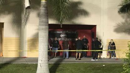 """Opnieuw schietincident in school in Florida: """"Er gebeurt iets. De politie reageert. Mensen melden 3 schoten."""""""