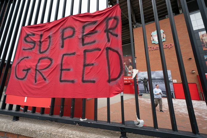 De Super League-plannen zorgden voor enorme woede bij veel voetbalfans, zoals hier bij Liverpool.