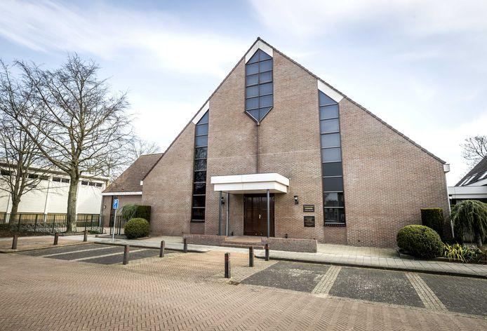 De Sionkerk op Urk, waar ze hebben besloten de coronaregels los te laten.