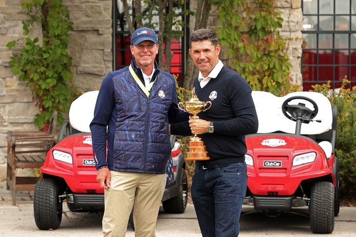 De captains: Steve Stricker van de VS en Padraig Harrington van Europa (rechts).
