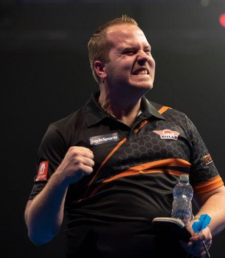 Van Duijvenbode debuteert aan zijde van Van Gerwen bij World Cup of Darts