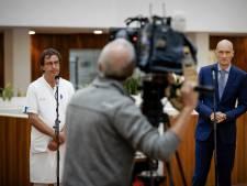Gommers en Kuipers leggen bom onder kabinetsbeleid: 'Maandag personeel ziekenhuizen vaccineren'