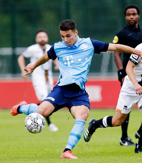 FC Utrecht scoort voorafgaand aan trainingskamp drie keer in Scharendijke