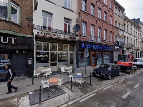 De videoclip speelt zich af op de Antwerpsesteenweg.