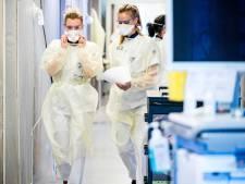 Druk op ziekenhuizen in regio door corona naar ongekende hoogte: in Harderwijk geen bed meer vrij