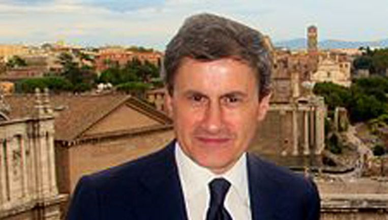 Ook voormalig burgemeester Gianni Alemanno wordt geviseerd. Beeld Wikipedia
