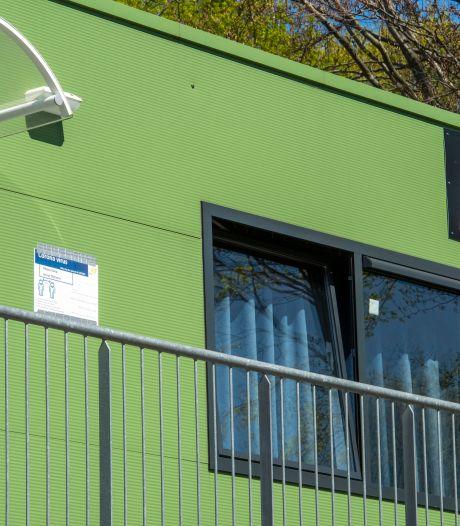 Corona treft asielzoekerscentrum Harderwijk aan vooravond prikcampagne