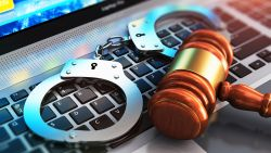 Cybercrimineel die website maakte waar hackers hun malware konden testen, veroordeeld tot twee jaar cel