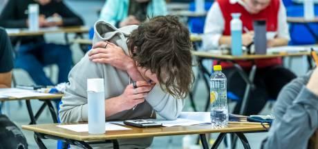 Klachtenregen over centrale vwo-examen wiskunde A, eindtoets zou te moeilijk en te lang zijn