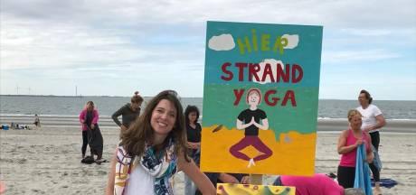 Kraamkamer van de Noordzee en optimale yogaplek: op het Zeeuwse strand kun je meer dan luieren