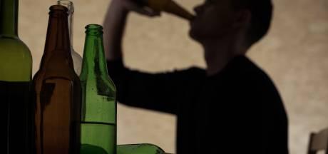 Grijp je sneller naar de fles als je meer thuis bent? 'Let op dat je er geen gewoonte van maakt'