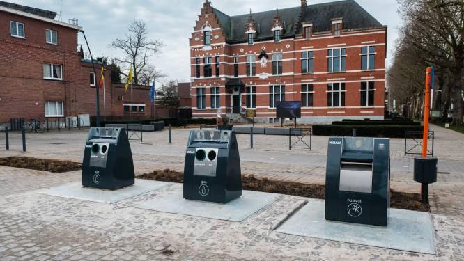 Dorpsstraat krijgt nieuwe containers na klachten van geurhinder
