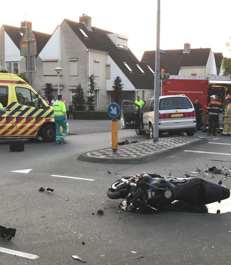 Motorrijder ernstig gewond bij aanrijding op Hondsruglaan Eindhoven