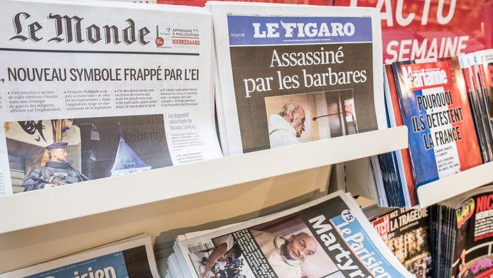 De Franse kranten van vandaag, één dag na de aanslag in een kerk in Saint-Etienne-du-Rouvray.