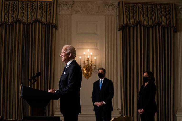 President Joe Biden woensdag tijdens de bekendmaking van zijn plannen.  Beeld EPA