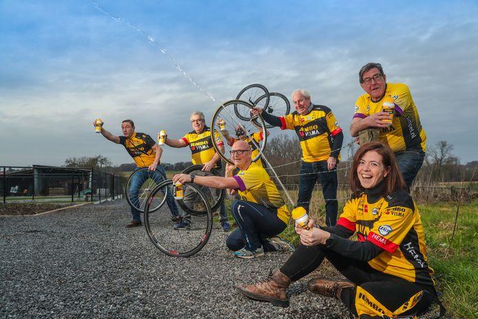 De vrijwilligers achter Wout van Aert en Jumbo-Visma.