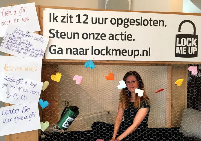 Eileen Schapendonk opgesloten voor goed doel Lock Me Up in Roosendaal