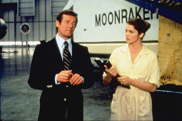 Roger Moore als James Bond in 'Moonraker'.  Beeld ANP Kippa