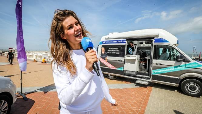 Marathonradio van MNM houdt halt op de dijk in Blankenberge
