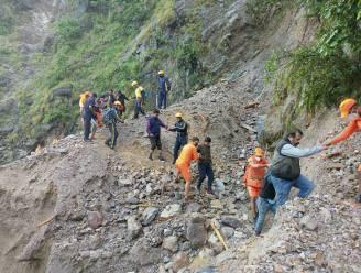 Meer dan 100 doden door noodweer in India en Nepal