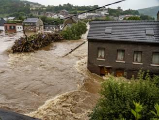 """Vooral de kracht van het kolkende water deed huizen instorten: """"'Waterbom' kan ook in Vlaanderen gebeuren"""""""