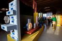 Beeld van DesignOpen bij Kiki van Eijk en Joost van Bleiswijk, twee van de deelnemers.