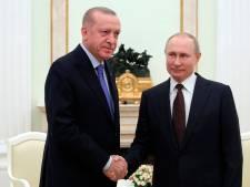 Turks-Russisch topoverleg over Syrië begonnen, Turkije stuurt extra agenten naar Griekse grens