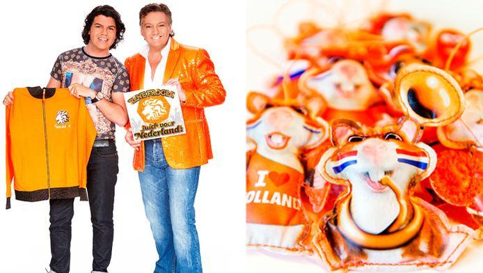 Links Roy Donders met zijn Juichpak en René Froger die het bijpassende nummer 'Juich voor Nederland' zingt voor de commercial van Jumbo. Rechts de Hup Holland Hamsters van de Albert Heijn.