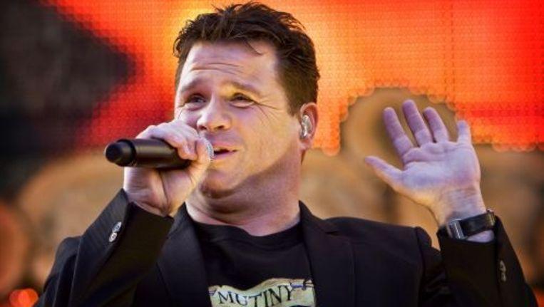 Wolter Kroes tijdens een optreden in Haarlem. ANP Beeld
