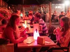 Iedereen was 'negatief' bij café De Zaak in Nunspeet, hoe kon het coronavirus zich er dan toch verspreiden?