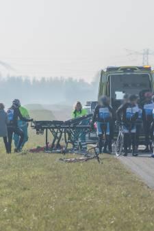 Wielrenner raakt gewond bij val op Oesterdam