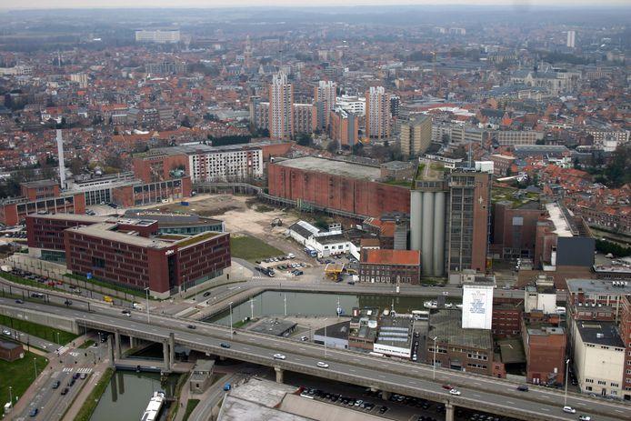 In 2008 zag de Leuvense Vaartkom er nog zo uit maar ondertussen is er heel wat veranderd en dat moet de klimaatneutrale ambities ten goede komen.